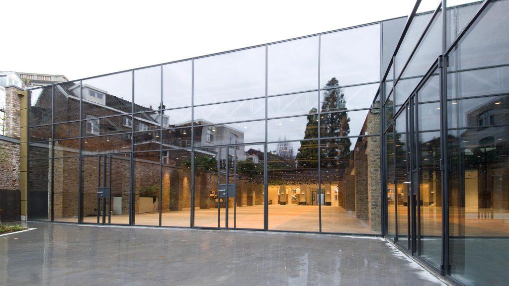 Bredestraat monumentaal gebouw
