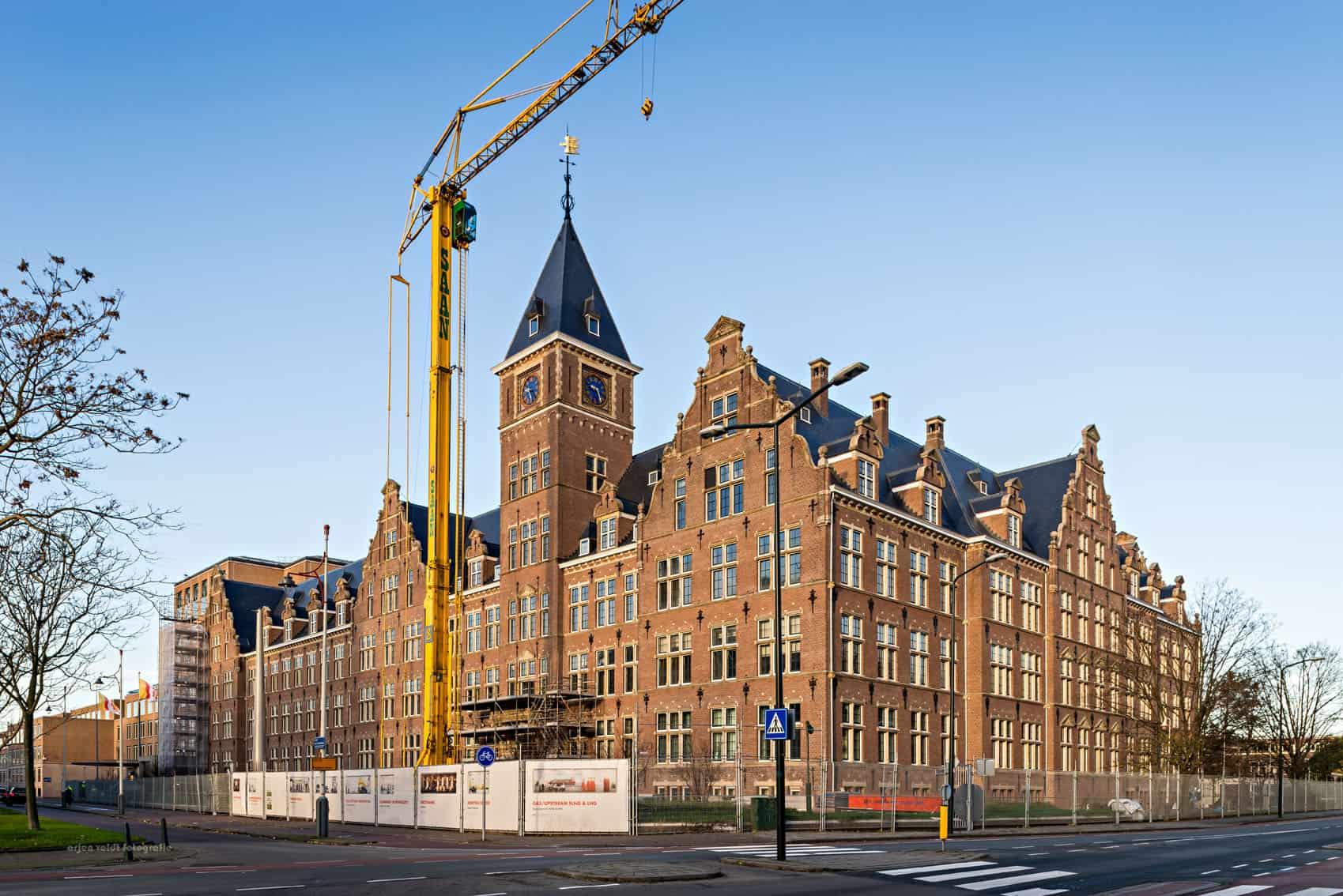 MHB en het C30 Shell hoofdkantoor in Den Haag