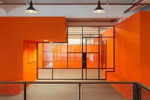 Bright orange walls with black SL30 MHB interior profiles JIP amsterdam